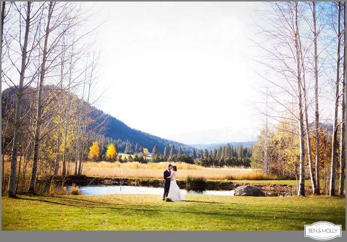 There Were Married At The Beautiful Mountain Springs Lodge In Leavenworth Washington It Was Perfect Fall Wedding With Lots Of Diy Details