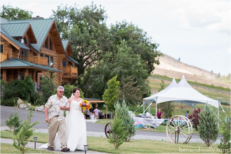 Atam Winery Lake Chelan wedding venue photo (23)