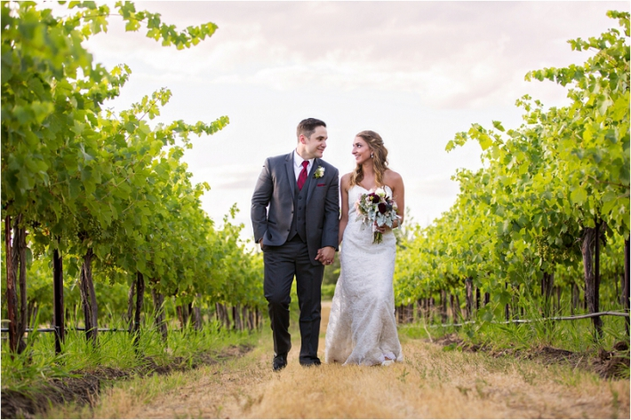 Cave B Winery Wedding Photographer Photo (2)