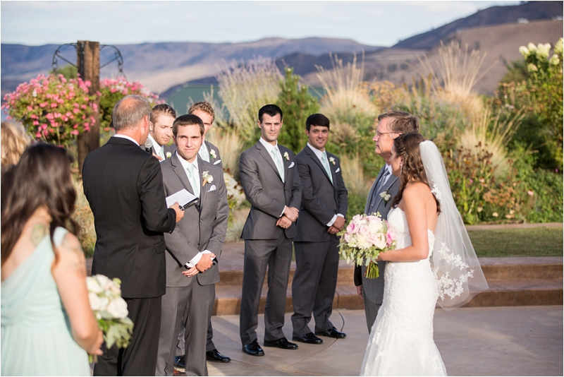 Lake Chelan Wedding Photographer Photo (32)