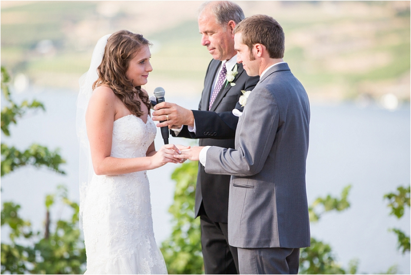 Lake Chelan Wedding Photographer Photo (33)