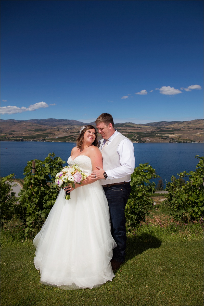 Lake Chelan Wedding Photographer Karma Vineyards (21)