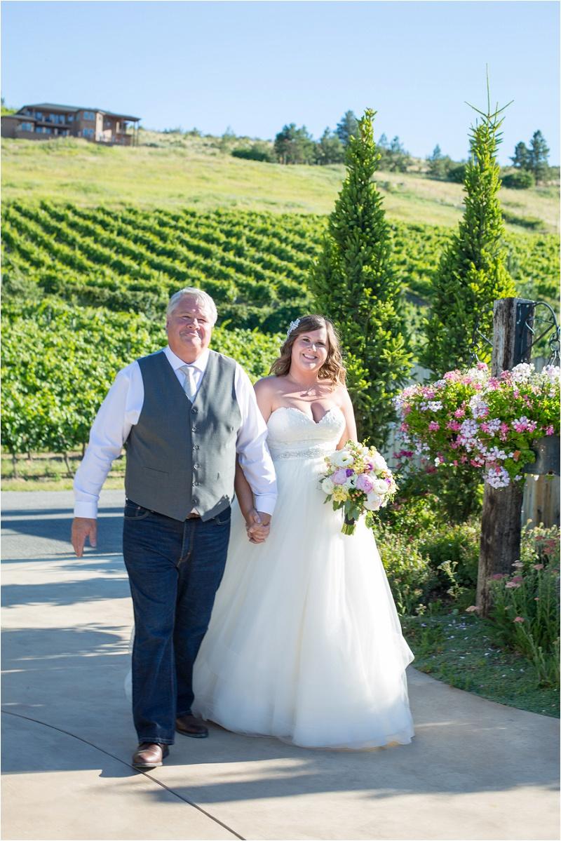 Lake Chelan Wedding Photographer Karma Vineyards (34)