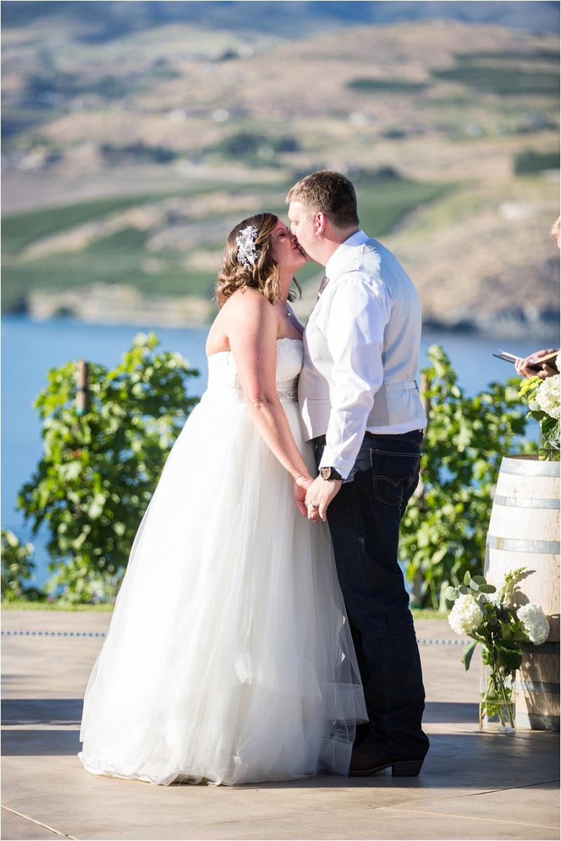 Lake Chelan Wedding Photographer Karma Vineyards (45)